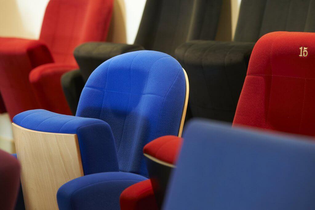 L'histoire Kleslo - fauteuils théâtre, cinema, ...