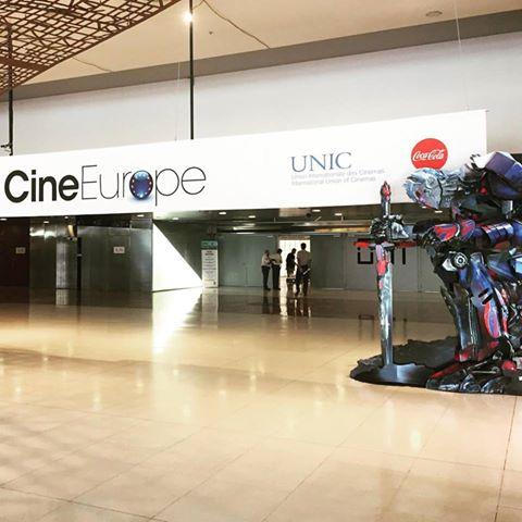 Kleslo* fauteuils cine Europe