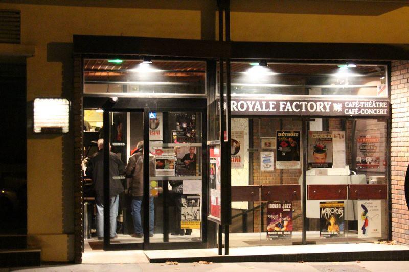 Kleslo - Leader de fabrication de fauteuils cinéma, théâtre ... versailles royale factory stand up V1