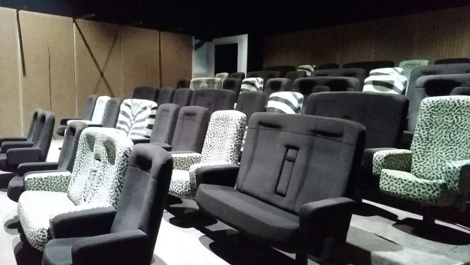 Leader de fabrication de fauteuils cinéma, théâtre ...Loge Vip Espace philippe noiret les clayes sous boisV2