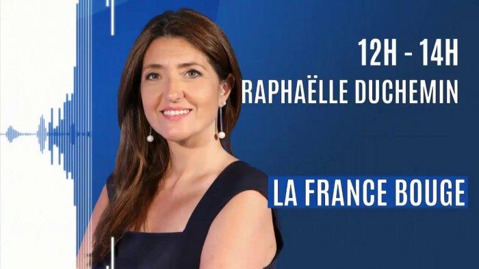 """Kleslo Leader de fabrication de fauteuils cinéma, théâtre ... Europe 1 """"La France bouge"""", Raphaëlle Duchemin"""