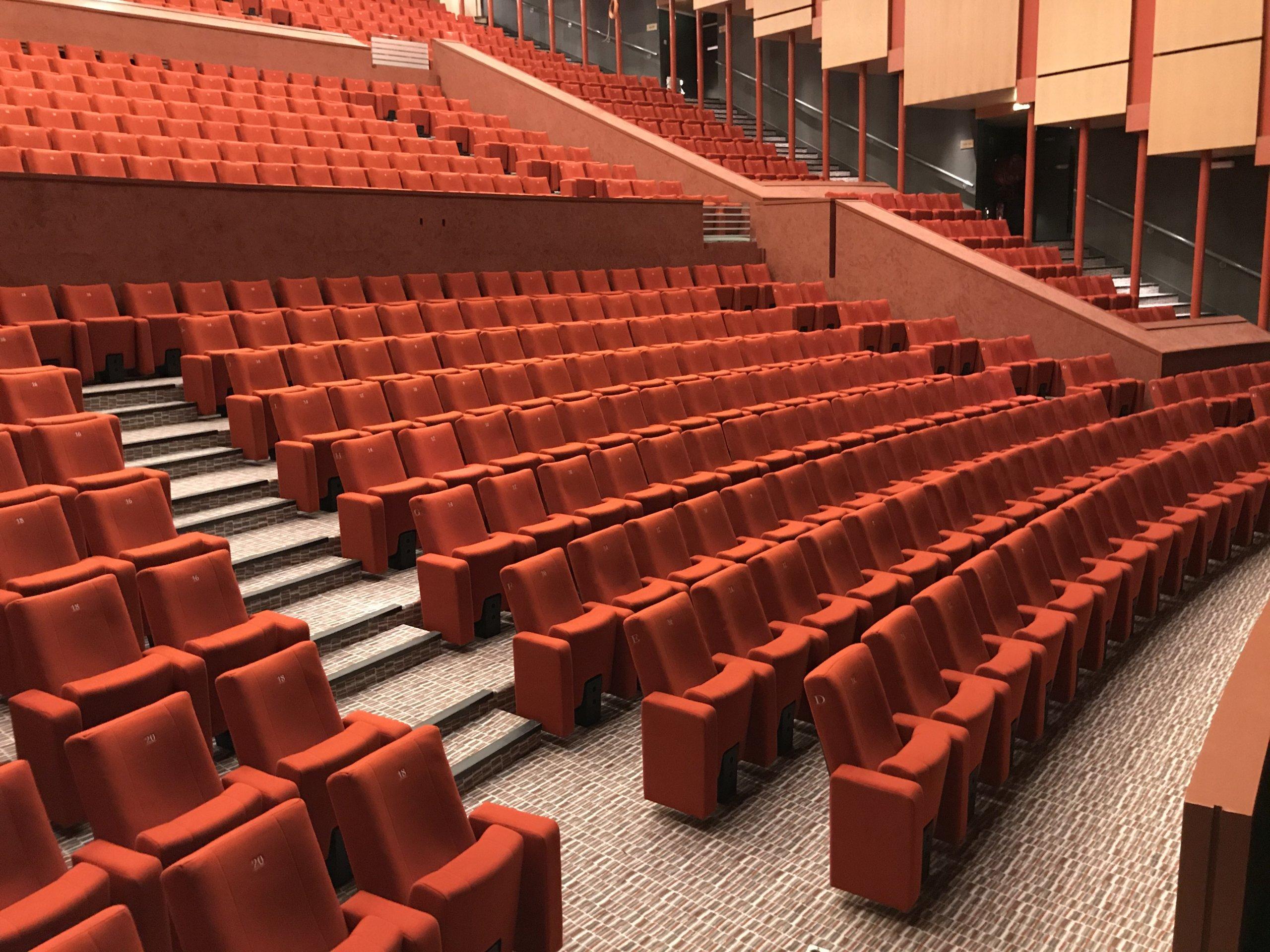 Kleslo - fauteuil Inertie - Leader de fabrication de fauteuils cinéma, théâtre ... Opéra Massy v3