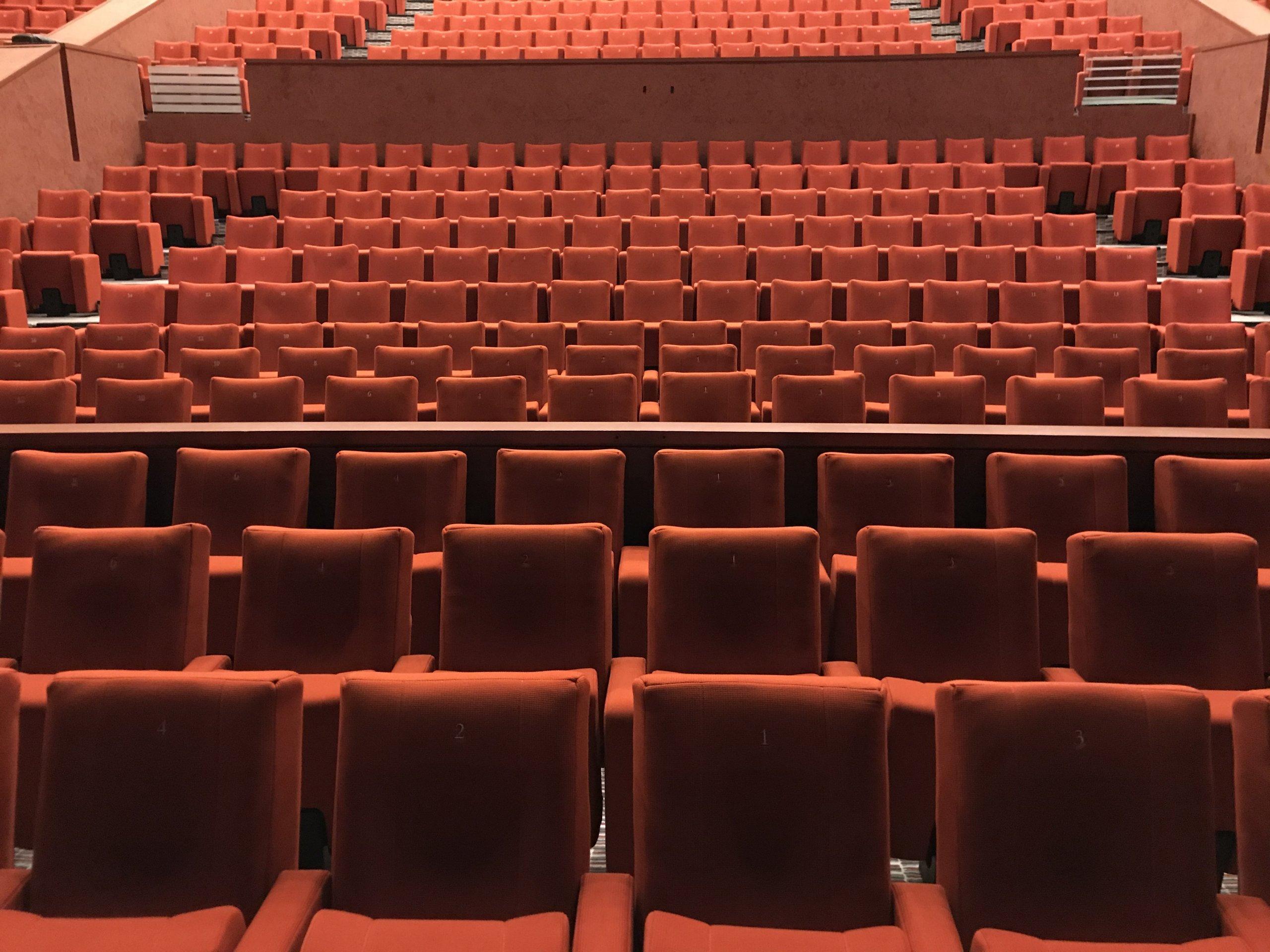 Kleslo - fauteuil Inertie - Leader de fabrication de fauteuils cinéma, théâtre ... Opéra Massy v6