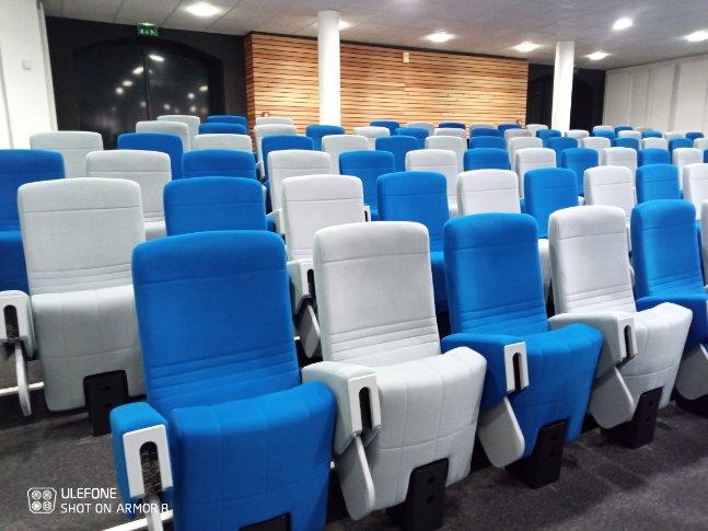 Kleslo - fauteuil Inertie - Leader de fabrication de fauteuils cinéma, théâtre ... Bischeim strasbourg fauteuil avec tablette escamotable dans accoudoir v1 conseil départemental du bas rhin v2