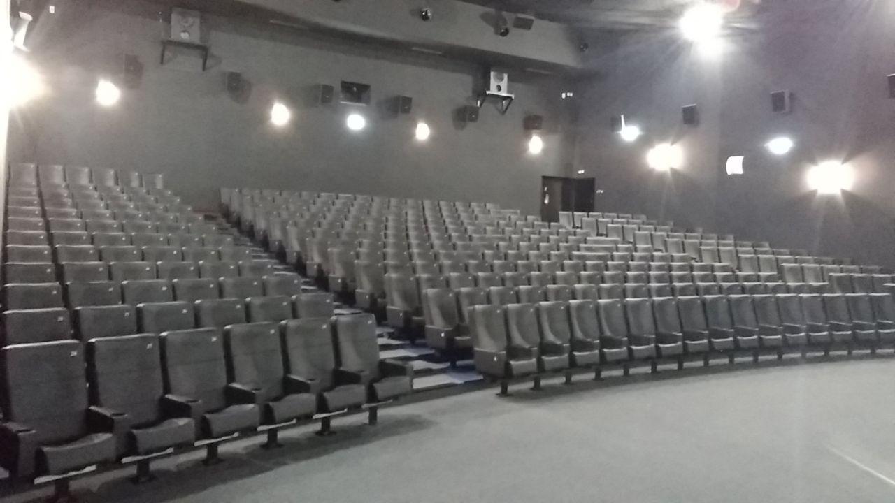 Kleslo - fauteuil Inertie - Leader de fabrication de fauteuils cinéma, théâtre ... fauteuil inclinable avec verin v1