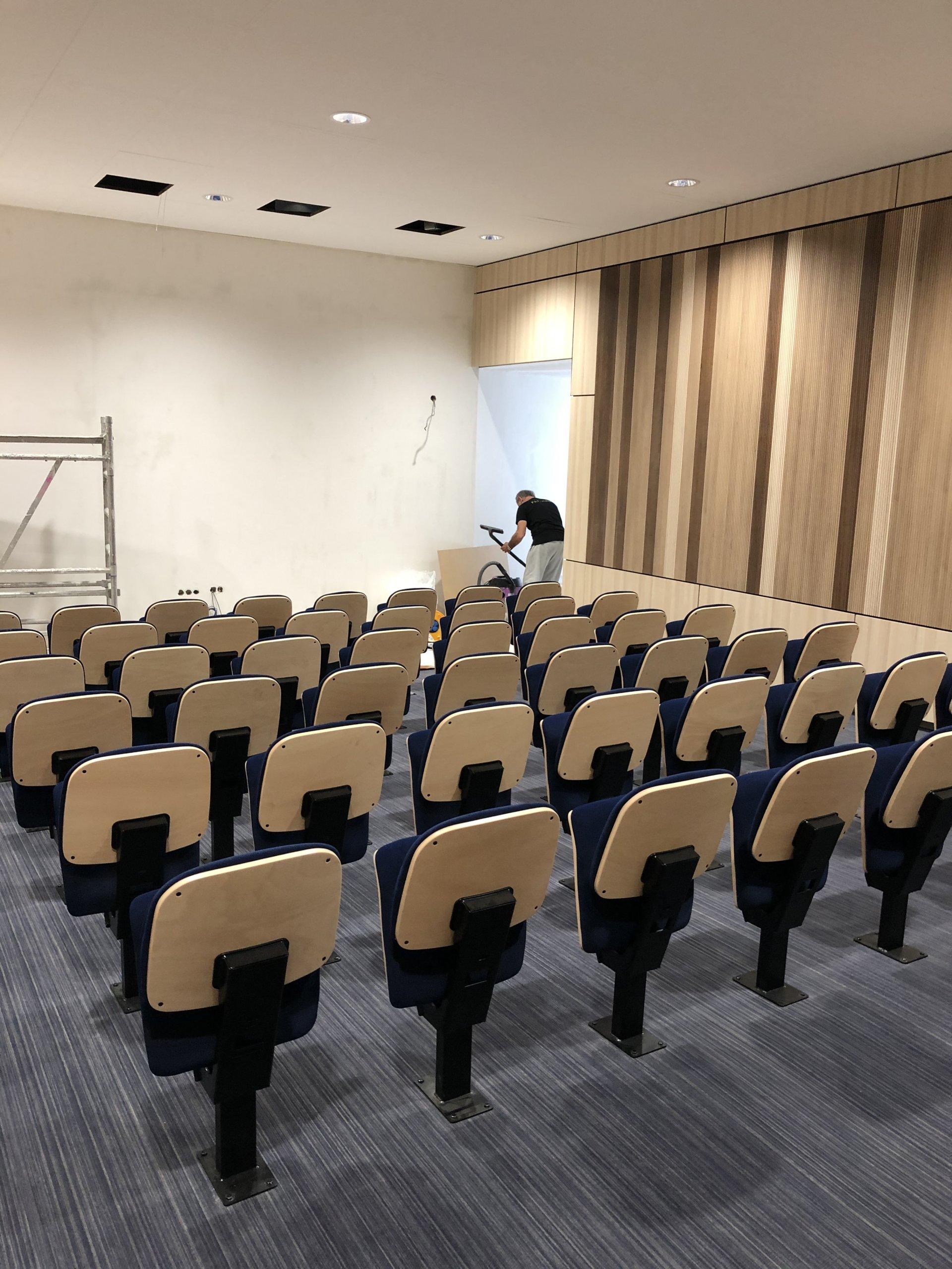 Kleslo - fauteuil Atrium Wingen sur moder - Leader de fabrication de fauteuils cinéma, théâtre ... fauteuil amphitheatre Ic v3